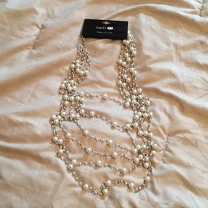 RUE 21 Pearl Necklace